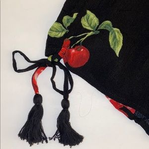 NWOT cherry shorts on blacks/ drawstrings and bows